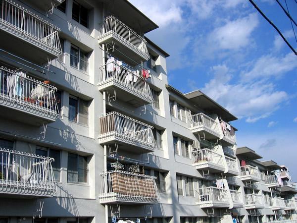 菱興青葉台第2マンションB棟