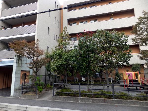 フォルスコート鎌倉台町